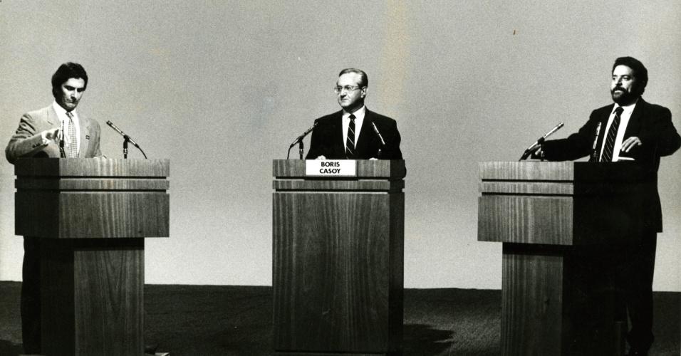 14dez1989-debate-entre-os-candidados-fernando-collor-de-mello-prn-al-a-esquerda-e-luiz-inacio-lula-da-silva-pt-sp-no-segundo-turno-das-eleicoes-presidenciais-de-1989-intermediado-por-boris-casoy-1360097459673_956x500