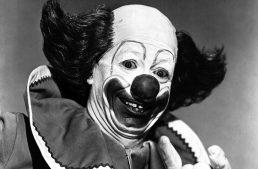 Killer Clowns: Bolsonaro accuses Greenwald of felony – can't explain why