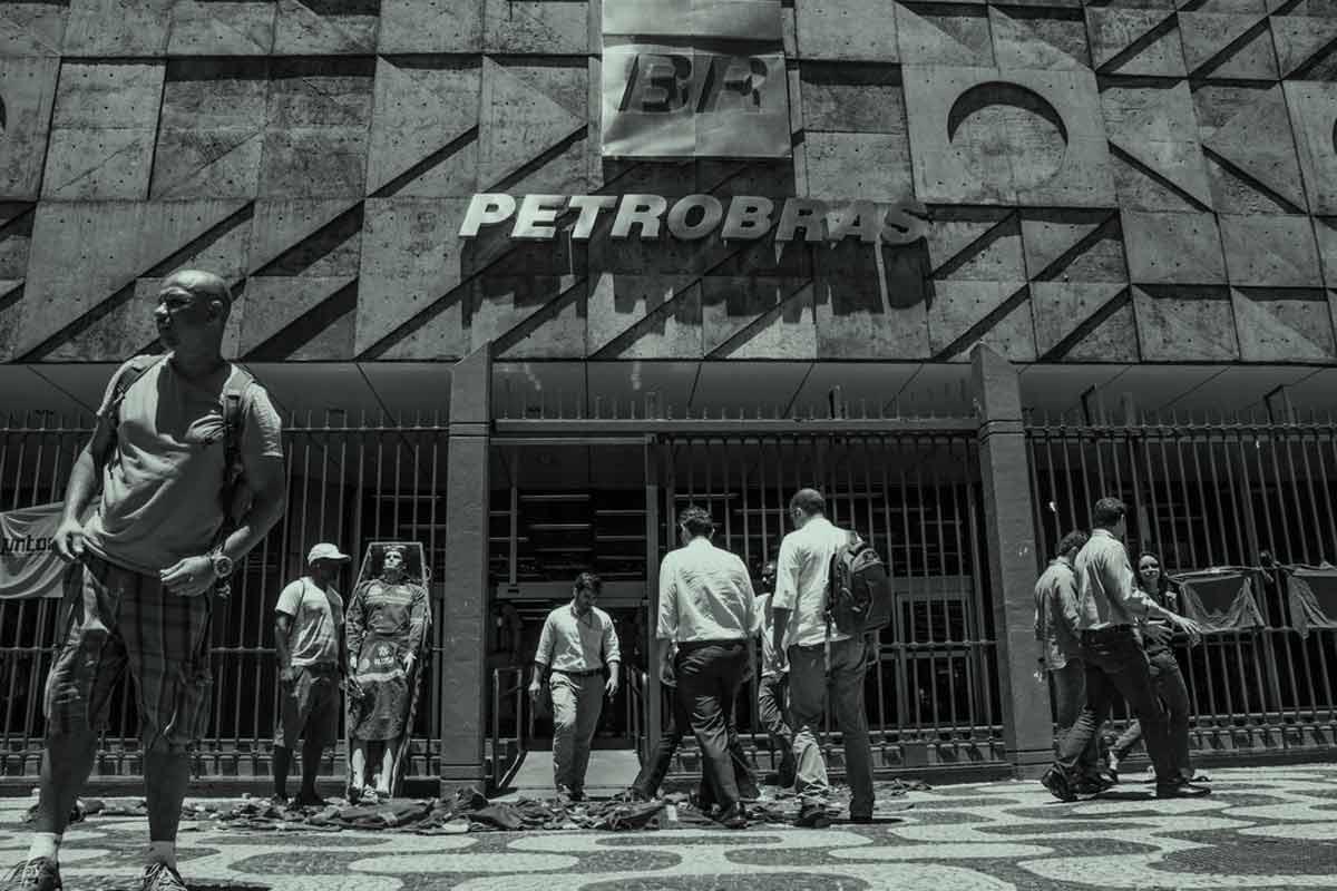 How the massive Petrobras corruption scandal is upending Brazilian politics