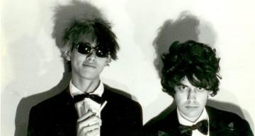 Akira S e as Garotas Que Erraram:  Tropical Art Punk from the Girls Who Fucked Up