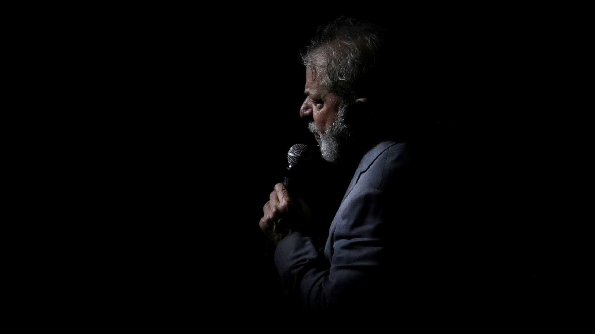 222 days after political imprisonment, Lula speaks