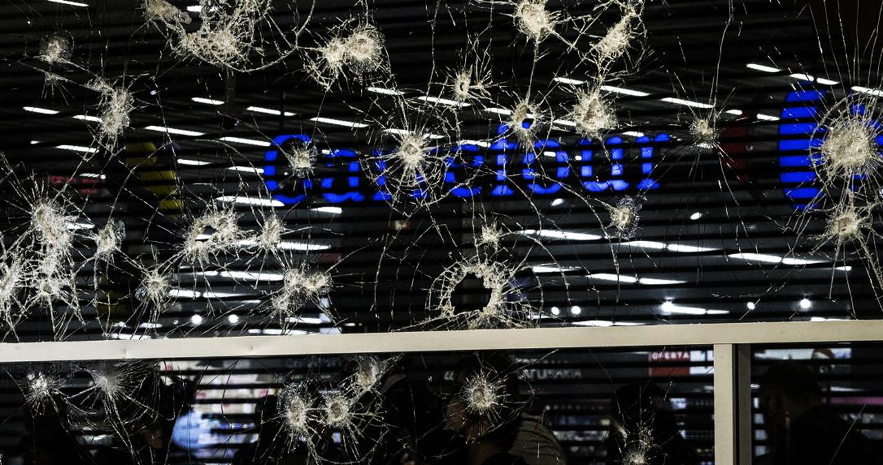 Justice for João Alberto! Protesters attack Carrefour store in São Paulo