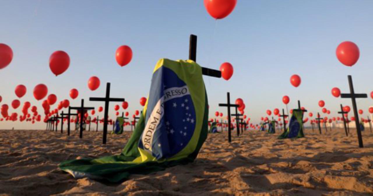 Quarter of a million dead: Calls for Bolsonaro to go chime louder